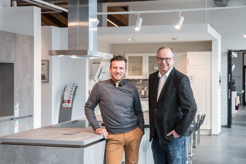 Michael Ullrich (Leiter Interior Design Schultheiß Projektentwicklung AG) und Martin Zimmermann (Geschäftsführer Horst Zimmermann GmbH)